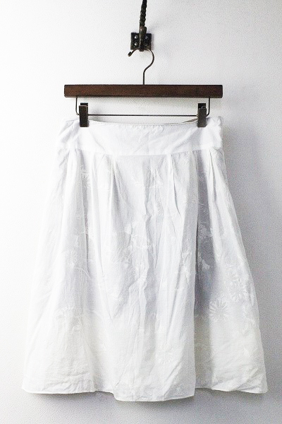 UNITED ARROWS ユナイテッドアローズ フラワー ひざ丈 スカート 38/ホワイト 白 ボトムス お花 モチーフ【2400011010582】