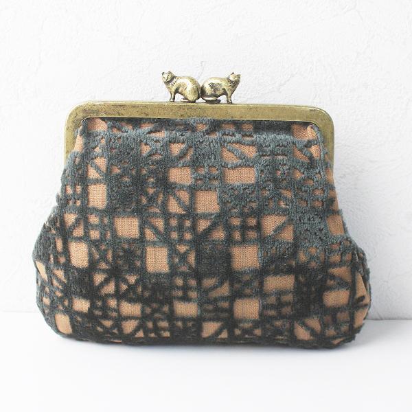 美品 mina perhonen ミナペルホネン meri cuddle purse カドルパース/ベージュ×モスグリーン 小物 財布【2400011598011】