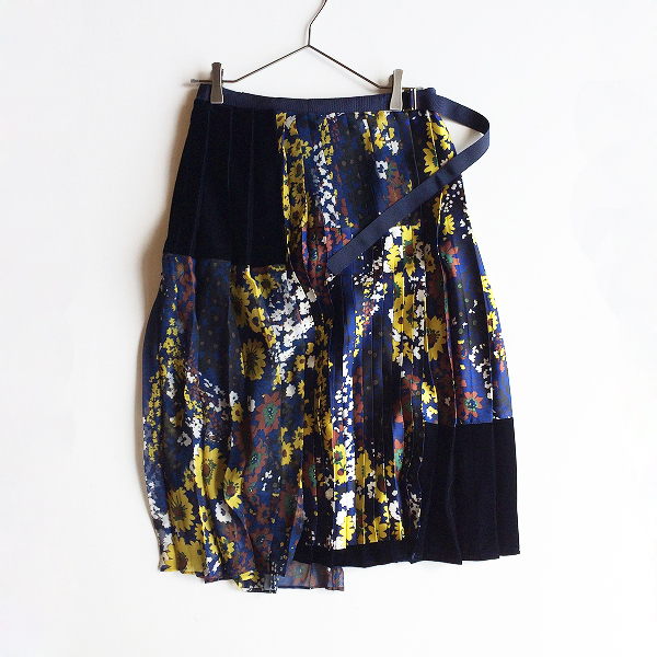 美品★ 2018AW sacai サカイ Floral Print Skirt フラワープリントプリーツラップスカート2/ネイビー ボトムス【2400012071353】