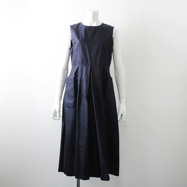 美品 R&D.M.Co- オールドマンズテーラー シルク ノースリーブ ドレス M/ネイビー フレア【2400012079779】