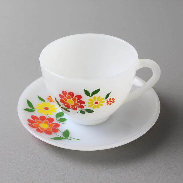 Arcopal アルコパル お花模様 カップ&ソーサー (C)/ミルクガラス ホワイト 食器 フランス製 ババリア柄【2400012182899】