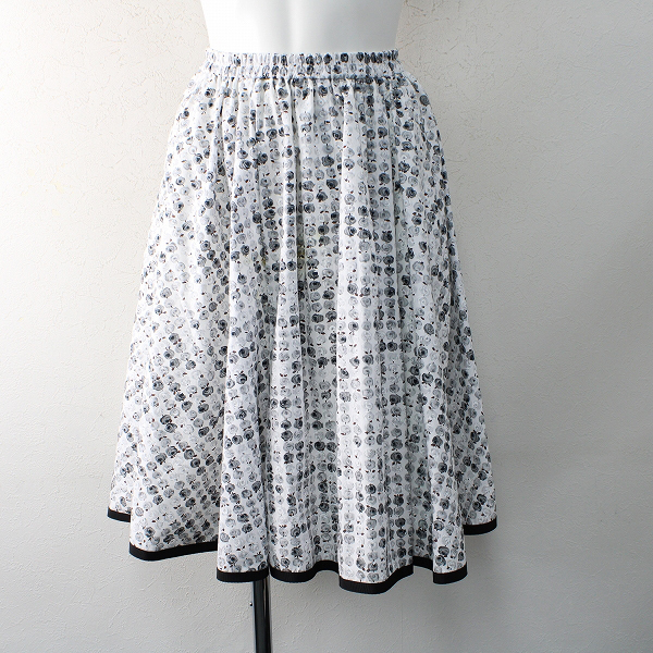 M'S GRACY エムズグレイシー コットン ローズプリント フレア スカート 38/ホワイト ボトムス【2400012484832】